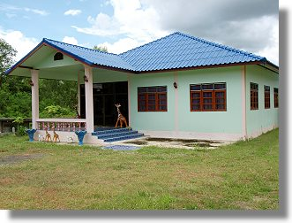 ferienhaus einfamilienhaus in thailand baan posi. Black Bedroom Furniture Sets. Home Design Ideas